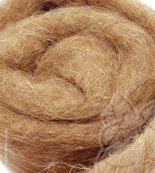 Natural Carded Wool (batts) - CAMEL