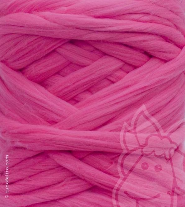 European Merino Wool Tops (combed sliver) - FUCHSIA