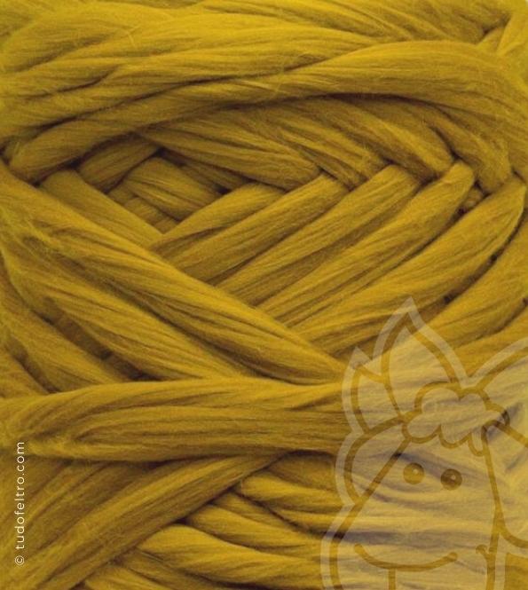 South America Merino Wool Tops (combed sliver) - HONEY